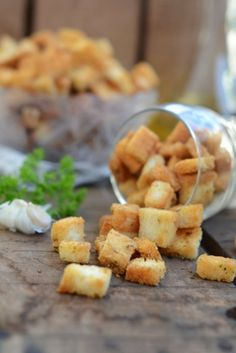 everyday musing: Parmesan and Garlic Croutons