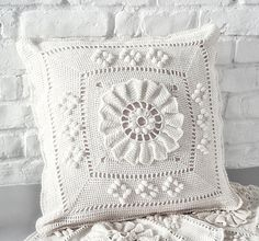 Handmade Crochet Pillow Cover /ecru cotton yarn with natural wood buttons,Christmas gift