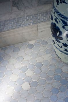 Georgian Dream - traditional - bathroom - raleigh - Heather Garrett Design