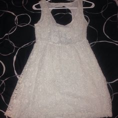 Crochet Formal Dress No stains and no rips or tears, like new! I'm selling because I hardly wear it and want to see it in a new home! Make an offer! Billabong Dresses Midi