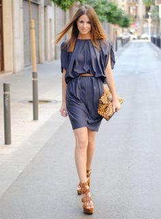 Soft Autumn dress- change accessories and it could go into Soft Summer