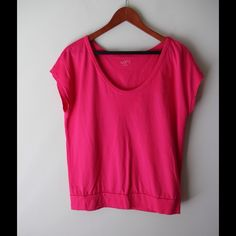 "LOFT pink t-shirt Dark pink colored top - scoop neckline - cotton/modal combo - very soft - chest across measures 20"" - total length measures 24"" - size M LOFT Tops"