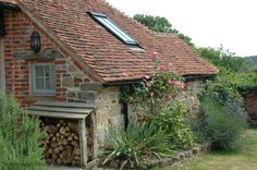 traditional south downs holiday cottage ! sleeps 4, stopham, nr petworth, west sussex - lee cottage Rural Cottages | Sussex, Hampshire South of England