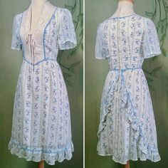 """Would love a dress like this. 