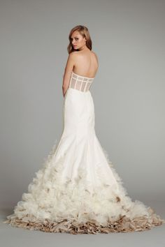 The corset inspired back on this Hayley Paige #wedding dress is so amazing.