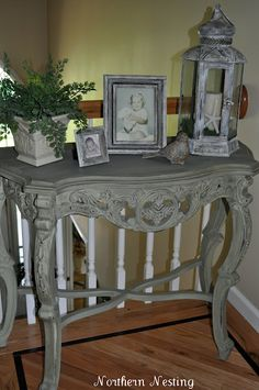 Northern Nesting: Table Makeover (TAKE 2)  Annie Sloan Old White dry brushed on lantern and photo frames