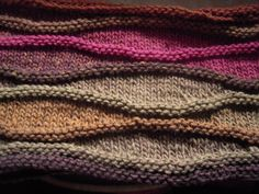 Wave Cowl by Rebecca Hatcher; color scheme by Cristiana at Nouvelle Vague on Ravelry. Free Pattern on Ravelry at http://www.ravelry.com/patterns/library/wave-cowls