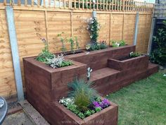 This is another aspect of the gigantic pallet wooden raised garden or a wood…