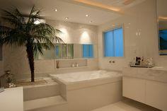25 Banheiros com bancadas de maquiagem - veja modelos lindos e modernos!
