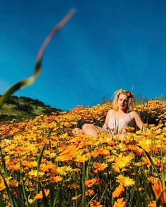Picture of Lili Reinhart Betty Cooper, Video Photography, Nature Photography, Feminine Photography, Photography Aesthetic, Photography Ideas, Lili Reinhart And Cole Sprouse, Zack E Cody, Foto Instagram