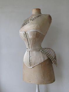 Bustle & corset
