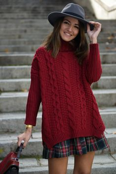BURGUNDY SWEATER  lovely-pepa.com