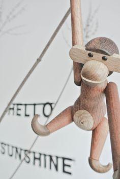 Design klassieker: het aapje van Kay Bojesen in het huis van @Miranda Lugtenburg! #decoration #monkey
