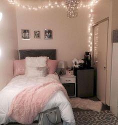 Pink and Grey Dorm Room Ideas Dorm Room Ideas - Dorm Room Decor - Dorm Inspiration - College Dorm - Dorm Room Organization - College Hacks Small Room Bedroom, Trendy Bedroom, Bedroom Colors, Girls Bedroom, Bedroom Decor, Teen Bedrooms, Bedroom Furniture, Modern Bedroom, Budget Bedroom