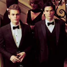 The vampire diaries, damon, and tvd image Vampire Diaries Stefan, Ian Somerhalder Vampire Diaries, Vampire Diaries Memes, Vampire Diaries The Originals, Damon Y Stefan, Damon And Stefan Salvatore, Joseph Morgan, Paul Wesley, Paul Mitchell Color