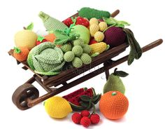 Knitted food - OlinoHobby handmade: toys and handmade accessories, master classes Crochet Needles, Knit Crochet, Crochet Hats, Crocheted Toys, Crochet Fruit, Crochet Food, Knitting For Kids, Baby Knitting, Fruit Pattern