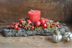 Christmas Floral Arrangement Christmas Candle by FlowerinasDecor