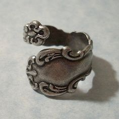 I couldn't wear one, but I think spoon rings are so neat Love Spoons, Silver Spoons, Antique Rings, Antique Brass, Spoon Rings, Jewelry Tattoo, Plating, Material Things, Jewelry Box