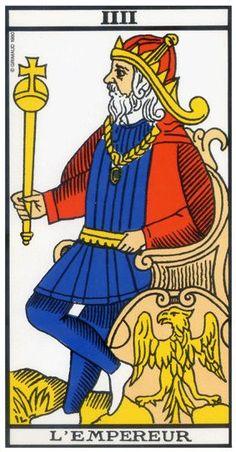 Une représentation moderne de l'Empereur dans une version récente du tarot de Marseille.   La figure du patriarche, l'Empereur impose par son statut et son sceptre qui invoque le pouvoir et l'ambition.
