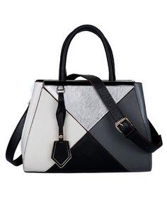 Tas Wanita Import P605-BLACK Tas Korea Terbaru Harga Murah Merek Berkualitas OEM ~ 100% IMPORT HIGH GRADE Material : PU leather Height:    23cm Length:    31cm Depth:     12cm Bag mouth :  Zipper  Long Strap:  Yes   0.9  kg   ..