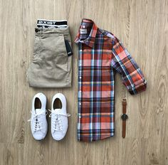 50 Best summer mens smart casual to stay cool and stylish in travel Mens Casual Dress Outfits, Stylish Mens Outfits, Casual Shirts, Cool Outfits, Smart Casual Men, Preppy Casual, Business Casual Men, Style Masculin, Men Style Tips