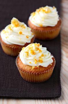 la formula del biscotto: esperimento 105: cupcakes clementine e cioccolato ...