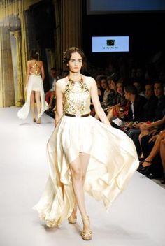 """@PandoraRD Giannina Azar y su """"Afrodita"""". Desde la antigua Grecia a la pasarela de @DominicanaModa #PandoraDM12 ->  http://pandora.com.do/2012/10/24/giannina-azar"""