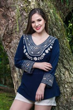 BLUSAS - PRIMAVERAL Bordados y Accesorios Embroidery On Kurtis, Kurti Embroidery Design, Sewing, Blouse, Long Sleeve, Sleeves, Ideas, Tops, Style
