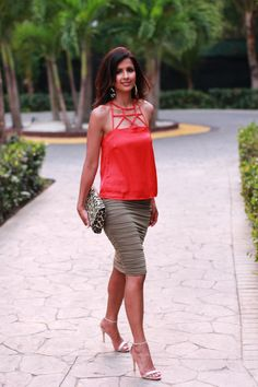 Poppy red + Olive green Vacation Style