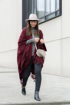 "outfit details: fringe cape – Topshop turtleneck – H&M jeans – Closed ""Pedal Star"" bag – Chloé Marcie Small chelsea boots – Zara fedora – Reiss Fashion"