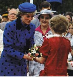 Diana arrives in Victoria, Canada for an 8-day visit to Open Expo 86 in Vancouver April 30, 1986