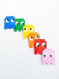 Lego // 8-bit ghosts, eyes & skulls! Decoration for scrapbook/Game room!