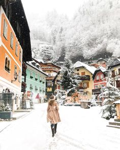 Looks like a true winter wonderland! What are you favorite winter travel destinations? Any bucket list places?