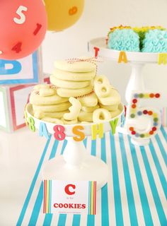 ABCs & 123s Birthday Party for PBS Parents with FREE Printables | @birdsparty