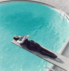Maila Nurmi — Vampira. Aka, Nubby & I on holiday.