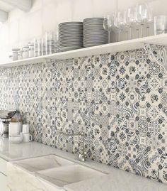 Cool 40 Simple and Elegant Backsplash Kitchen Decor Ideas https://homstuff.com/2017/06/07/40-simple-elegant-backsplash-kitchen-decor-ideas/