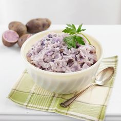 Mashed potatoes, Mashed potato recipes and Potatoes on Pinterest