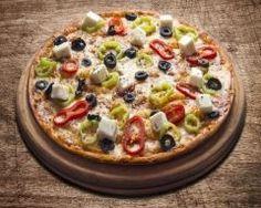 Pizza sans gluten poivron, féta et olive : http://www.cuisineaz.com/recettes/pizza-sans-gluten-poivron-feta-et-olive-88082.aspx
