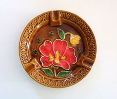 Ceramic Floral Ashtray Made in Japan - Vintage - Home Decor and Collectible 1970s, Japan, Ceramics, Trending Outfits, Unique Jewelry, Handmade Gifts, Floral, How To Make, Accessories