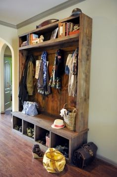 Take your boots off at the door please. This would be a great way to give your hubby or kids a place to sit and take off their boots, shoes etc and have a place to store there stuff and not track it through the house... just love this idea **** Love the rustic wood and look