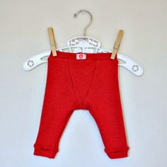 the red kitchen: Itty Bitty Pants for Baby Brother