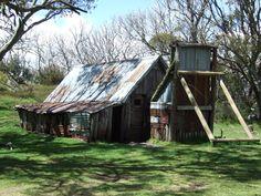 Wallaces Hut Fall Creek