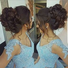 Gorgeous Chignon Wedding Hairstyle Tutorial Hair Tutorials is part of Quinceanera hairstyles - Wedding hair style Wedding Hairstyles Tutorial, Simple Wedding Hairstyles, Short Wedding Hair, Wedding Hair And Makeup, Bridal Hair, Hairstyle Tutorial, Wedding Hairdos, Romantic Hairstyles, Modest Wedding