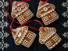Christmas decorations Honey gingerbread Production and sale - Deco noel Easy Christmas Cookie Recipes, Christmas Desserts, Holiday Treats, Christmas Baking, Christmas Cookies, Christmas Decorations, Christmas Gingerbread House, Gingerbread Man, Gingerbread Cookies