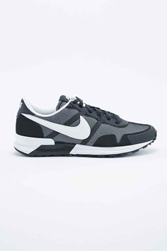 sneakers for cheap b6e71 58a3f Nike Air Pegasus 83 Trainers in Black
