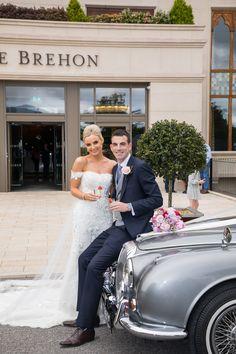 Wedding Cars at the Brehon Aishling und Tim kamen mit einem Auto von Horans Wedding Cars stilvoll an Wedding Suits, Our Wedding, Wedding Venues, Wedding Cars, Wedding Dresses, Bridal Car, Civil Ceremony, Industrial Wedding, Wedding Wishes