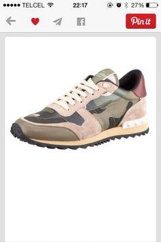 sports shoes 11d82 47430 Love Valentino Me Encantas, Tenis, Valentino Rockstud, Zapatillas De  Deporte Valentino, Moda