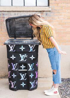 Louis Vuitton Trashcan Makeover for April Fool's Day Louise Vuitton, Cricut Vinyl, Kim Kardashian, Louis Vuitton Store, Diy Handbag, Glamour, Chanel Handbags, Chanel Bags, Vintage Designs