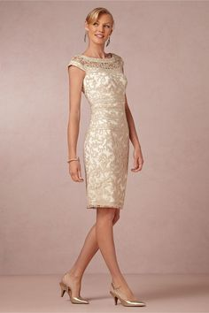 2015 sheath satin scoop mother of the bride dress knee length appliques-in Mother of the Bride Dresses from Apparel & Accessories on Aliexpr...