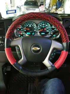 Paracord steering wheel wrap